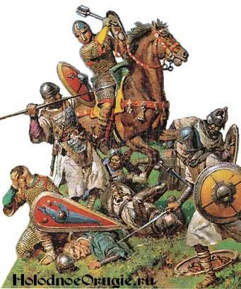 Воин шестопером пробивает шлемы врагов